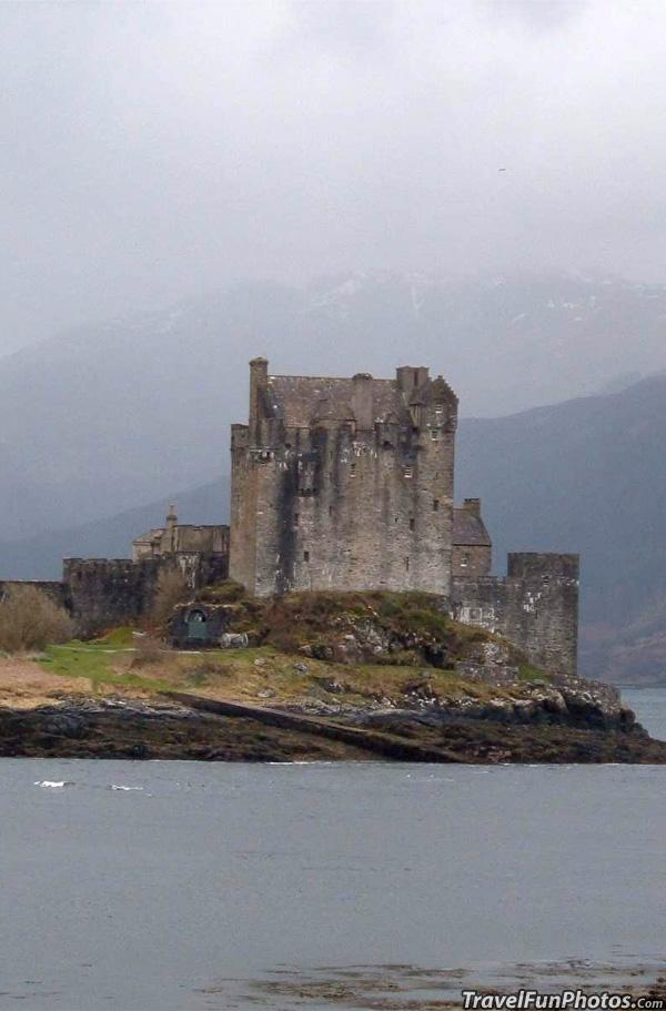 Eilean Donan Castle - Loch Duich Scotland