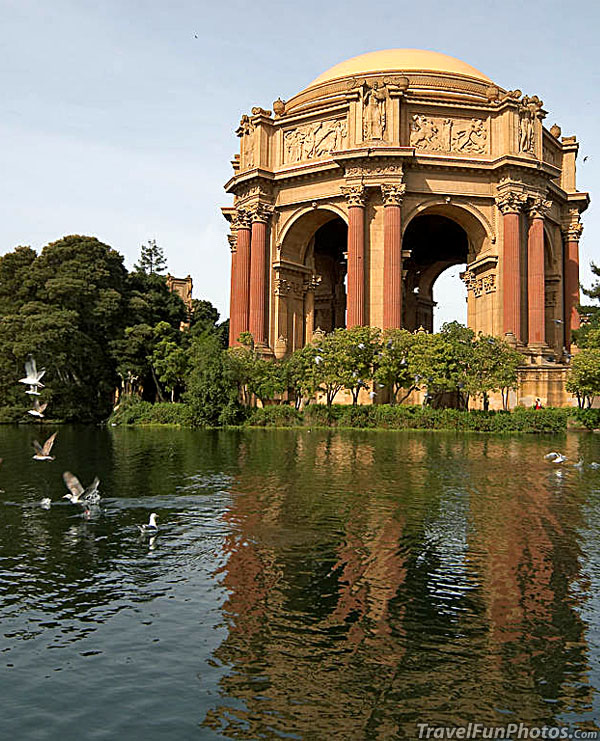 Palace of Fine Arts in San Francisco, California – USA